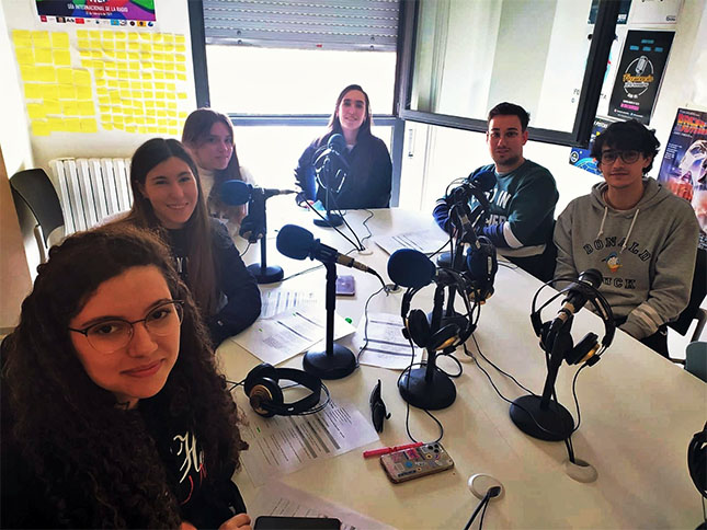 equipo radio-uva-informa