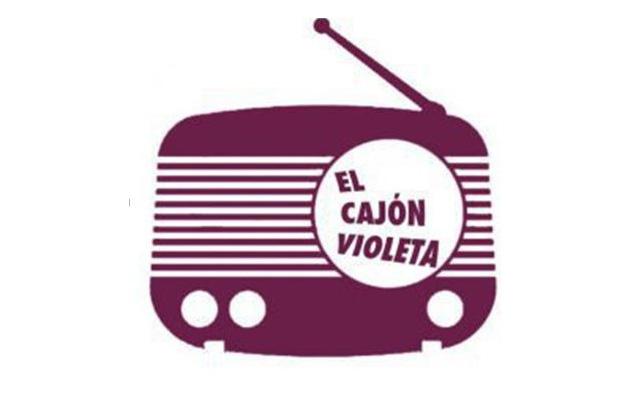 El cajón violeta